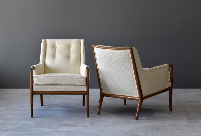 Mid-Century Modern T.H. Robsjohn-Gibbings, Rare Lounge Chairs, Walnut, Off-White Fabric, Widdicomb For Sale