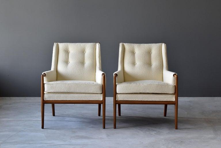 American T.H. Robsjohn-Gibbings, Rare Lounge Chairs, Walnut, Off-White Fabric, Widdicomb For Sale