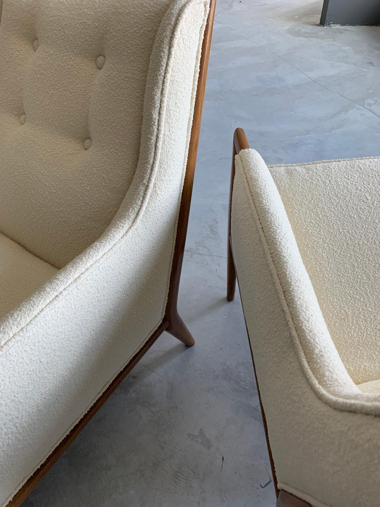 Mid-20th Century T.H. Robsjohn-Gibbings, Rare Lounge Chairs, Walnut, Off-White Fabric, Widdicomb For Sale