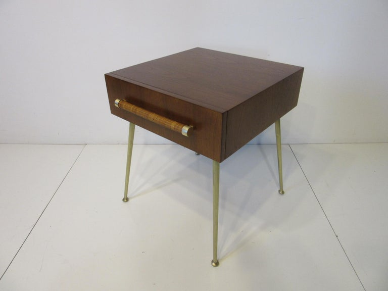 T.H. Robsjohn-Gibbings Side, End Table / Nightstand for Widdicomb For Sale 1