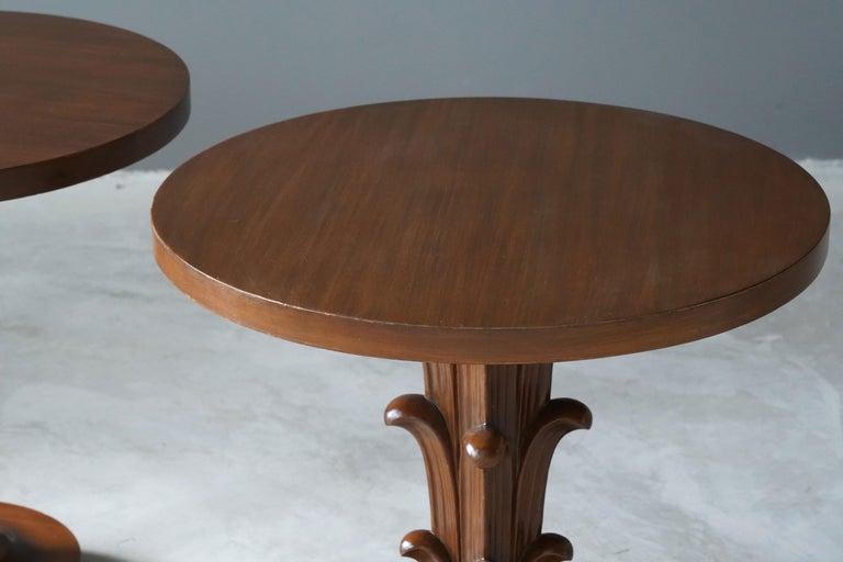 Mid-20th Century T.H. Robsjohn-Gibbings, Side Tables / End Tables, Walnut, Widdicomb, America For Sale