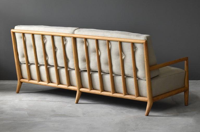 American T.H. Robsjohn-Gibbings, Sofa, Bleached Walnut, Beige Fabric, Widdicomb, 1955 For Sale