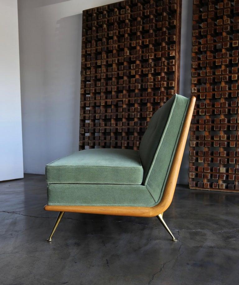 T.H. Robsjohn-Gibbings Sofa, Model 1727 for Widdicomb, circa 1955 For Sale 4