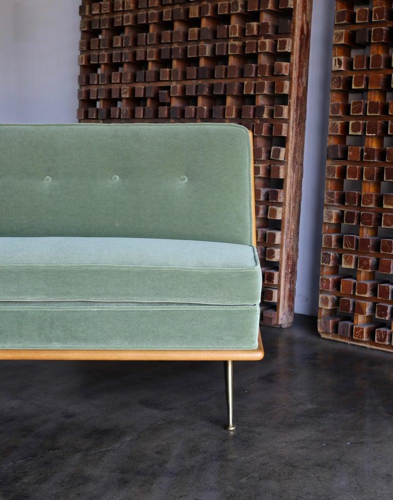 T.H. Robsjohn-Gibbings Sofa, Model 1727 for Widdicomb, circa 1955 For Sale 5