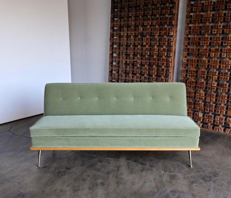 American T.H. Robsjohn-Gibbings Sofa, Model 1727 for Widdicomb, circa 1955 For Sale