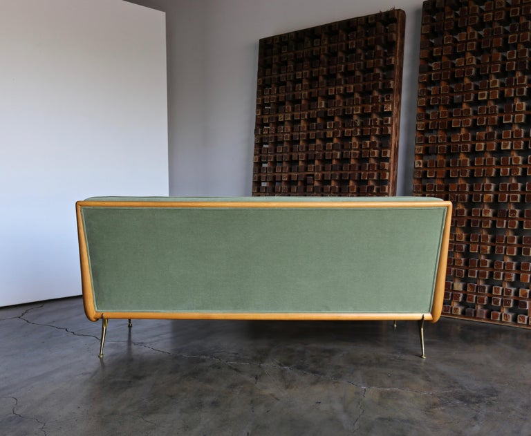 20th Century T.H. Robsjohn-Gibbings Sofa, Model 1727 for Widdicomb, circa 1955 For Sale