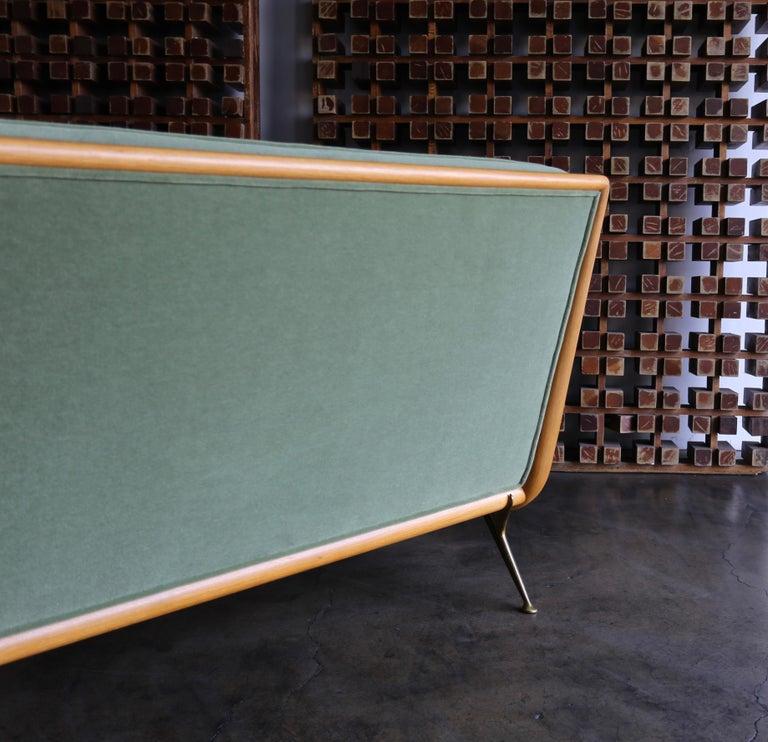 T.H. Robsjohn-Gibbings Sofa, Model 1727 for Widdicomb, circa 1955 For Sale 1