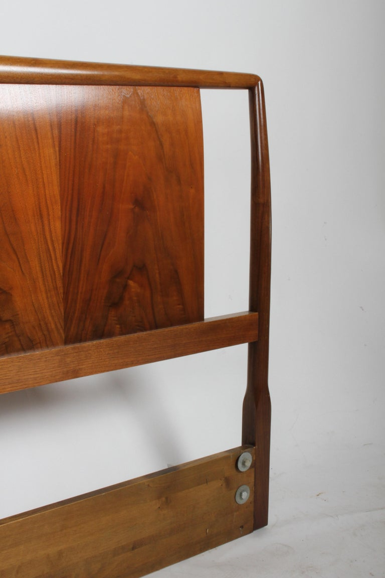 T.H. Robsjohns-Gibbings for Widdicomb Full Size Headboard with Walnut Veneer  In Good Condition For Sale In St. Louis, MO