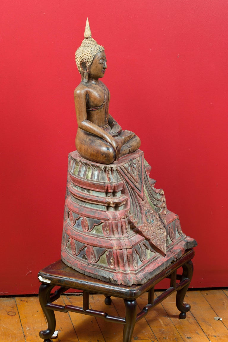 Thai 18th Century Carved Teak Seated Buddha Calling the Earth to Witness For Sale 5