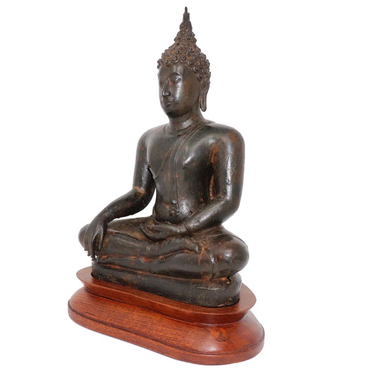 Thai Ayutthaya Bronze Seated Buddha Figure, 14th-15th Century In Good Condition For Sale In New York, NY