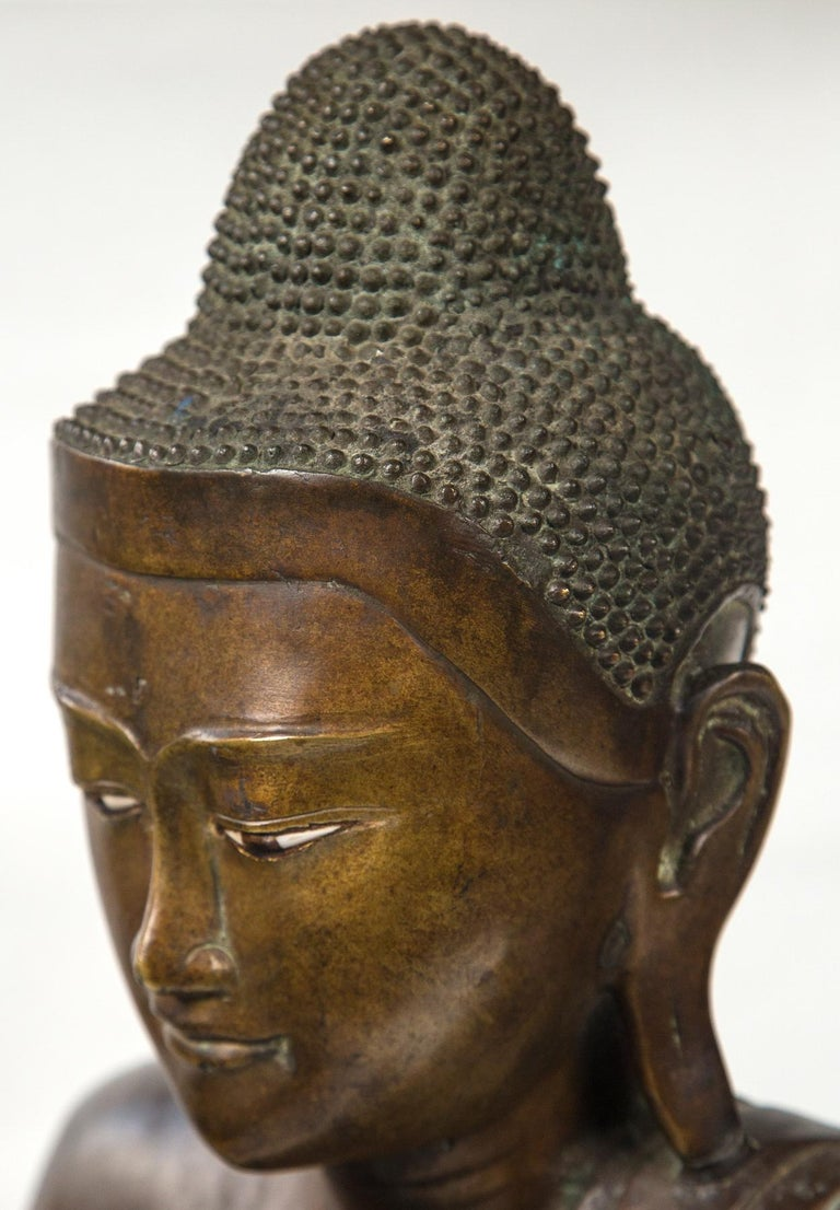 Burmese Bronze Head of the Buddha For Sale 4