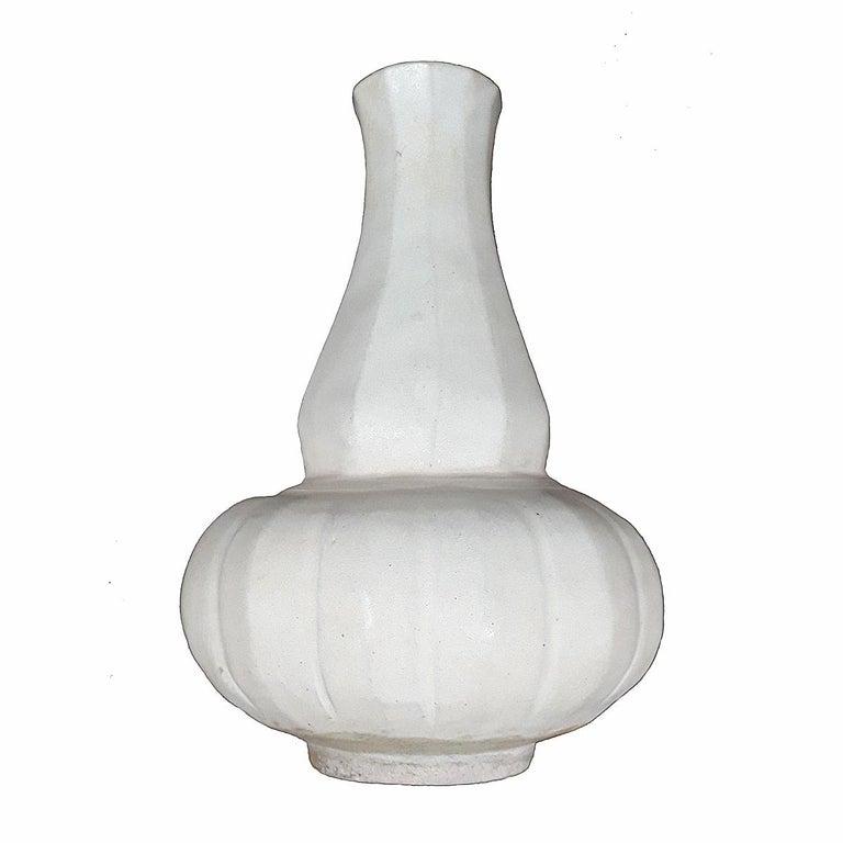 Thai Ceramic Vase, Early 20th Century For Sale 3