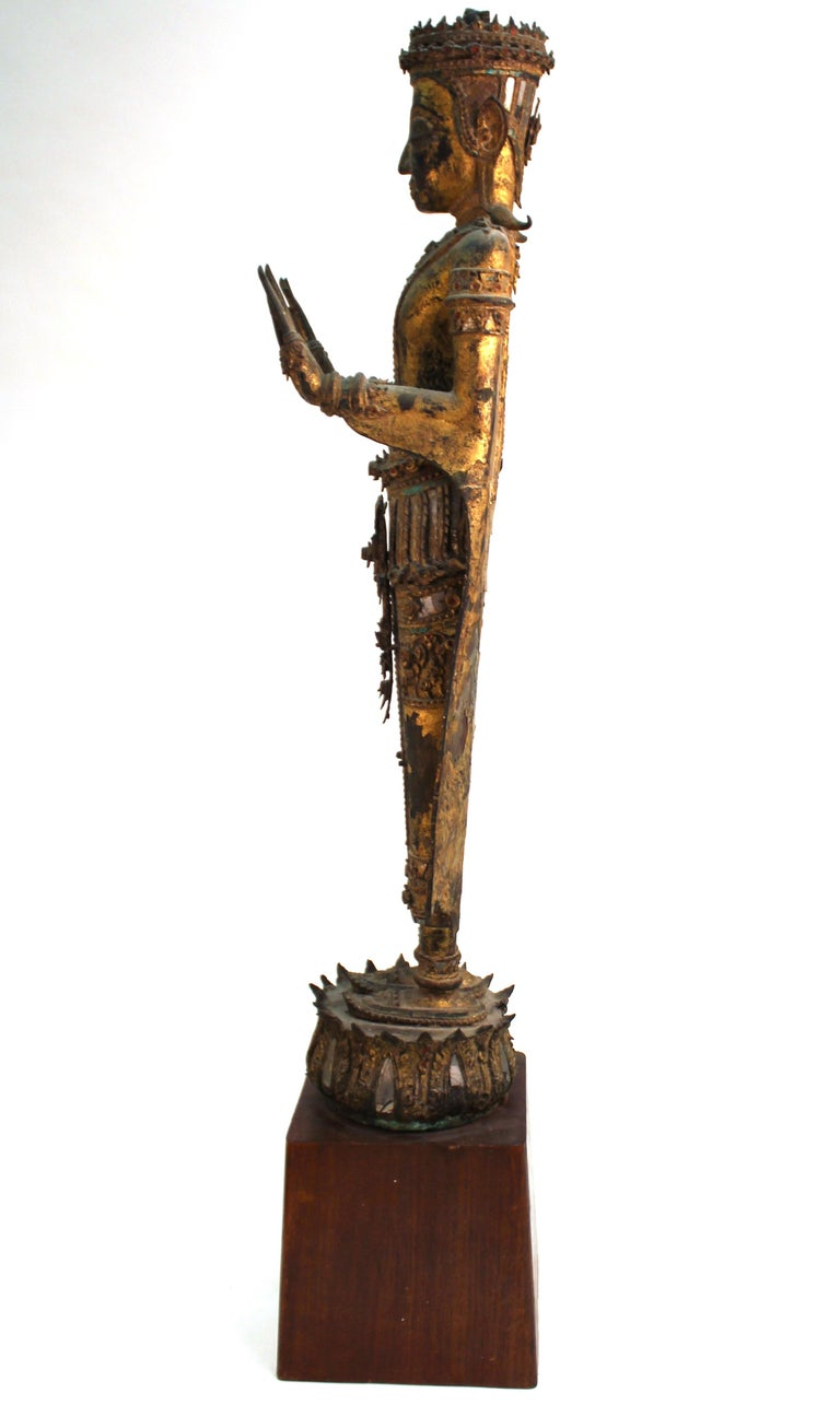 Gilt Thai Gilded Mirrored Bronze Buddha Statue on Wooden Base For Sale