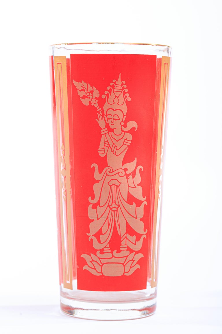 Vintage and chic with gold rims, these Thai Princess cocktail tumblers are in excellent original condition and feature a Thai Princess in beige set against a traditional Chinese red backdrop. Perfect accent to Asian or chinoiserie decor set atop an