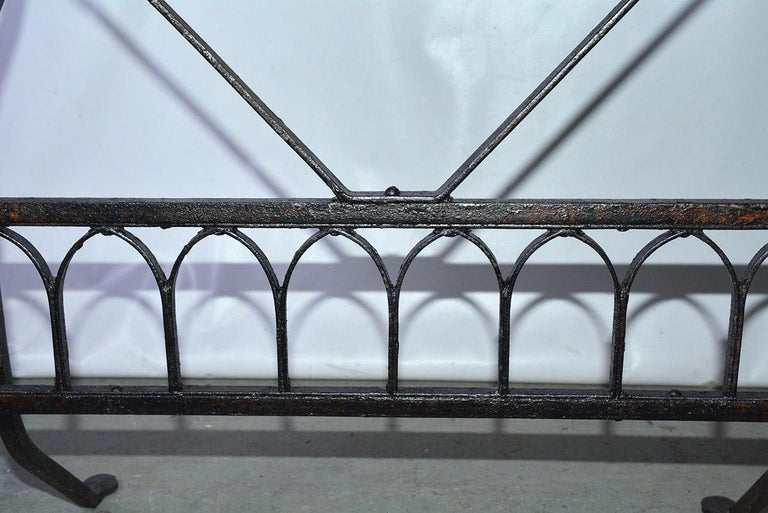 19th Century French Iron Bistro Table with Faux Gothic Stretcher In Good Condition For Sale In Great Barrington, MA