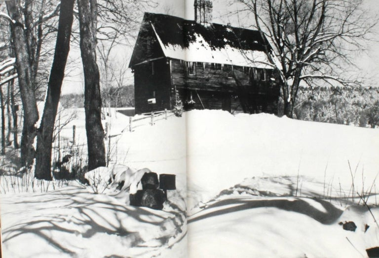 American Heritage History of Notable American Houses In Good Condition For Sale In Kinderhook, NY