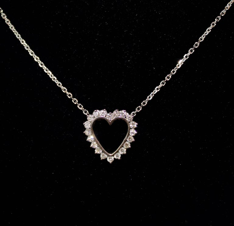 Round Cut Classic Diamond Heart Necklace in White Gold For Sale