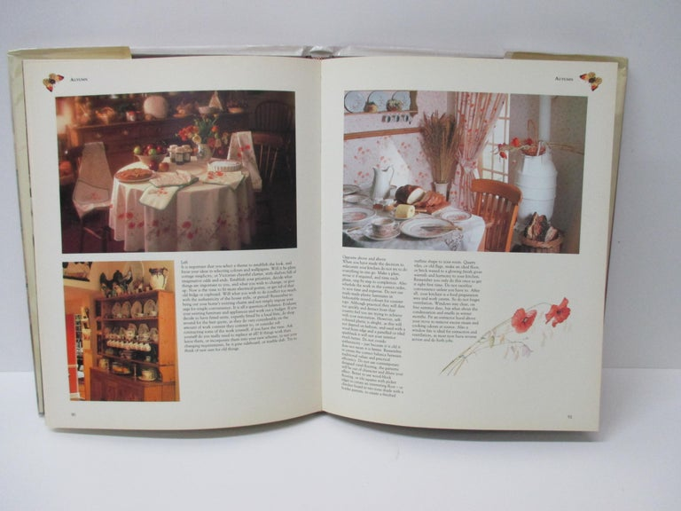 The Country Diary Book of Decorating: English Country Style Offers advice on curtains, lighting, upholstery, painting, stenciling, and collectibles, and tells how to draw inspiration for decorating one's home from the seasons Hardcover: 160
