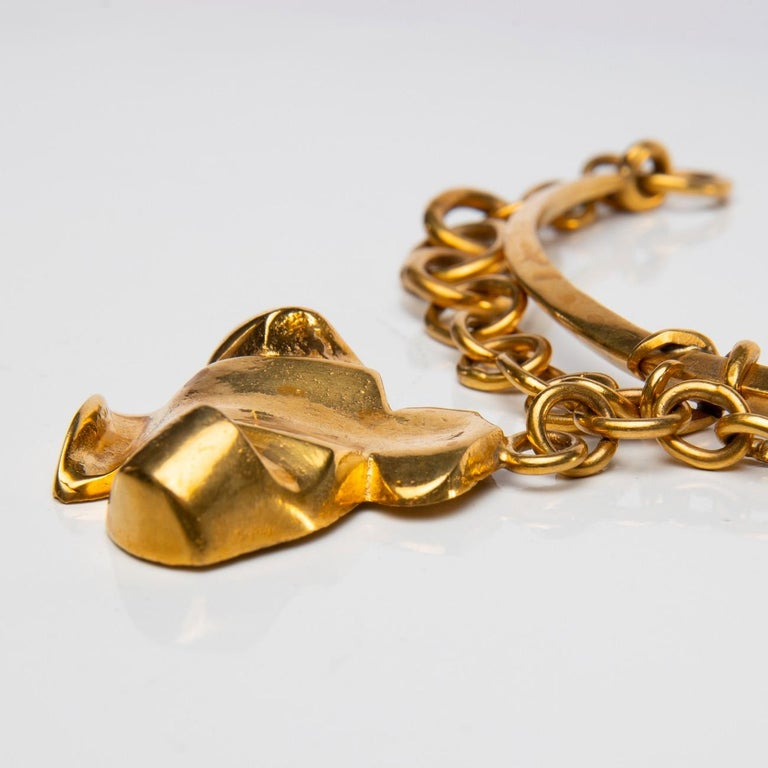The Dove of Peace, Gilt Bronze Necklace, Line Vautrin 'France' In Good Condition For Sale In Brussels, BE