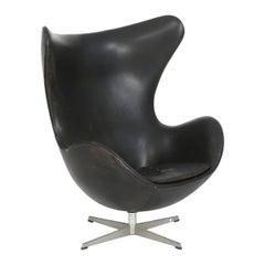 Egg Chair, Arne Jacobsen Early M 3317, Black Leather, Fritz Hansen, 1958