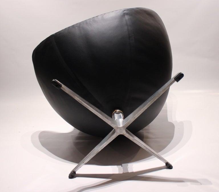 Egg, Model 3316, Black Leather by Arne Jacobsen and Fritz Hansen, 1960s 2