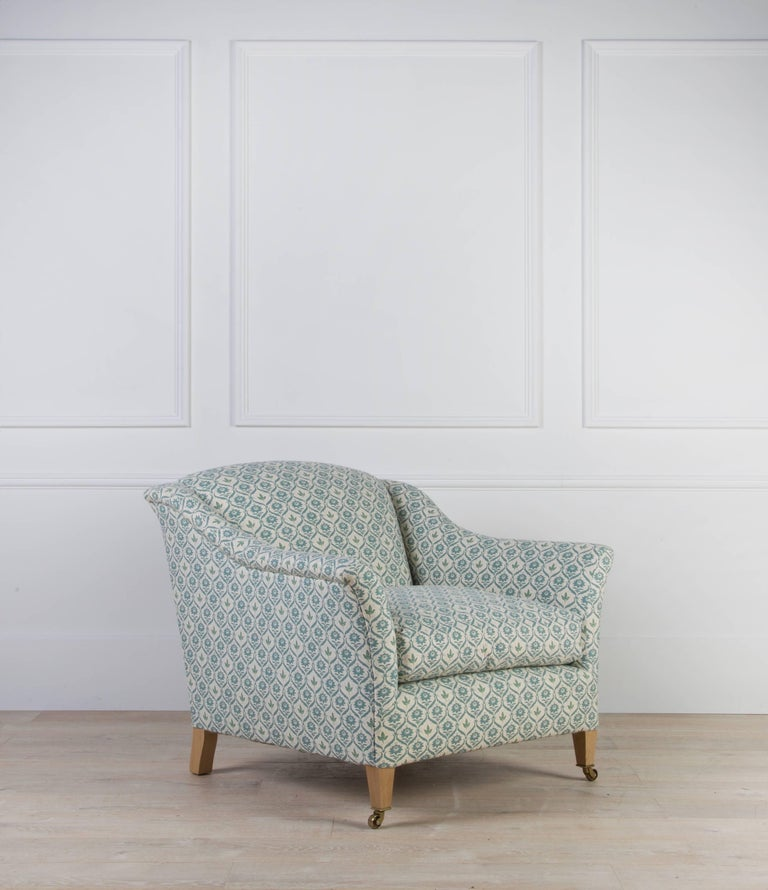Elmstead Armchair In Excellent Condition For Sale In Gloucestershire, GB