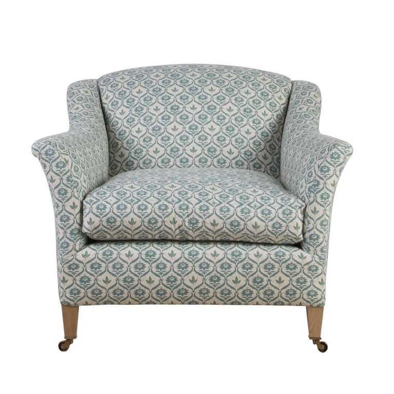 This is twist on our ever popular Elmstead model which we pared down into a comfortable and classic armchair. 