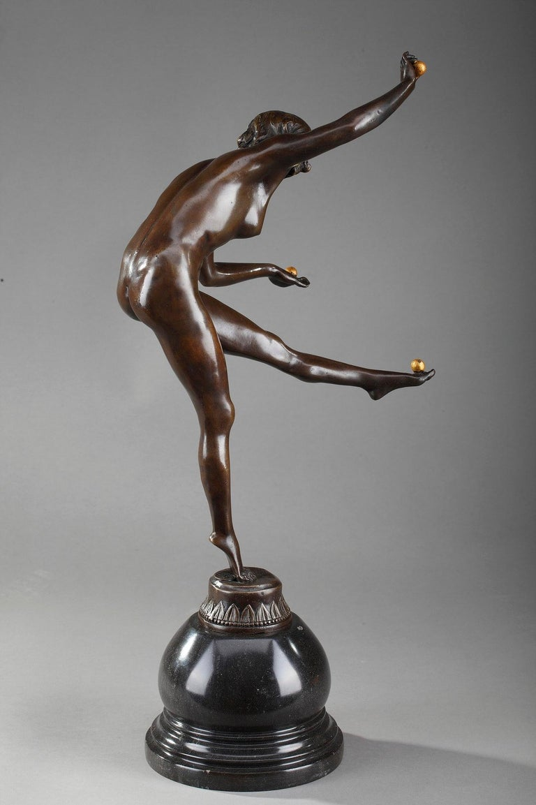 Juggler by Claire Colinet '1880-1950' For Sale 1