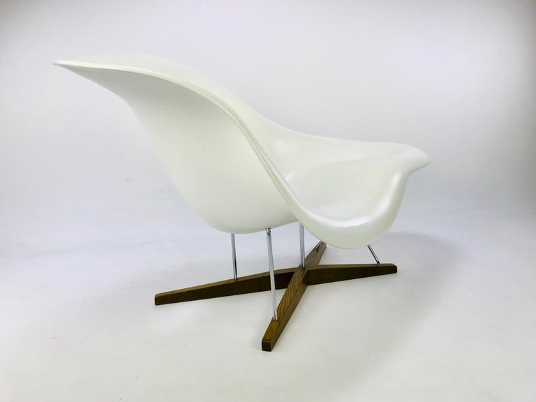 Swiss The La Chaise Lounge Chair, Design by Charles & Ray Eames by Vitra For Sale