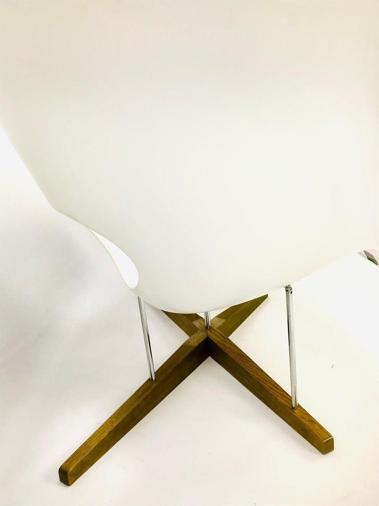 The La Chaise Lounge Chair, Design by Charles & Ray Eames by Vitra For Sale 2