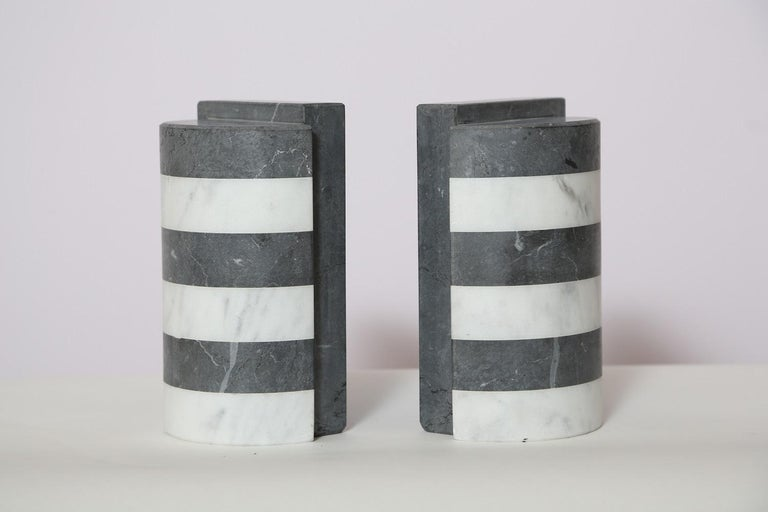 The Marble House Bookends in Black and White Carrara, Handmade in Italy For Sale 6