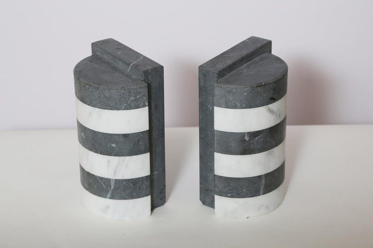 The Marble House Bookends in Black and White Carrara, Handmade in Italy For Sale 7