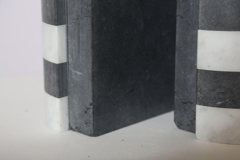 The Marble House Bookends in Black and White Carrara, Handmade in Italy In New Condition For Sale In Miami, FL