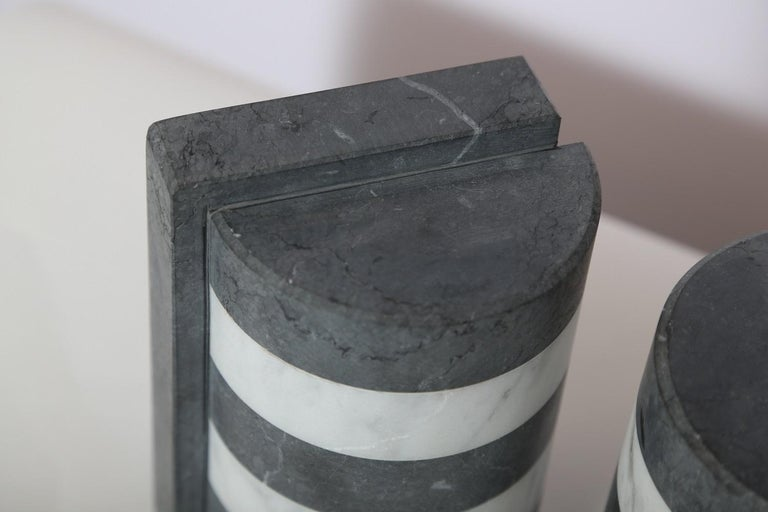 The Marble House Bookends in Black and White Carrara, Handmade in Italy For Sale 2