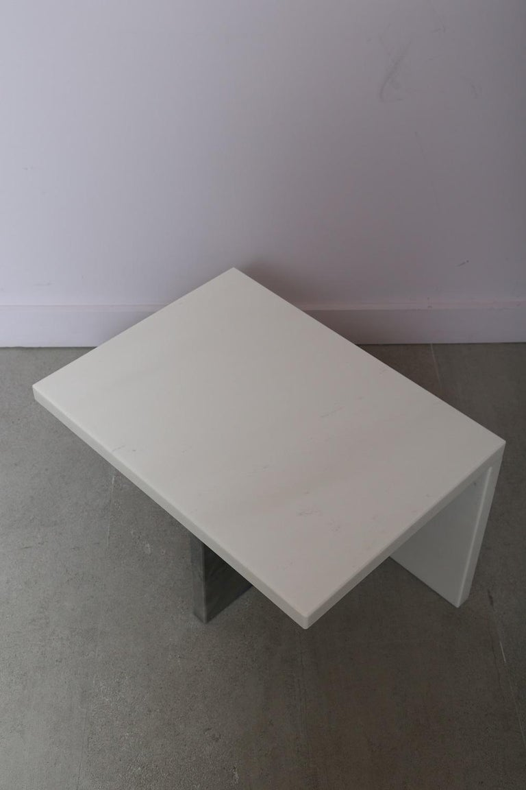 The Marble House White Sivec and Azul Low Side Table In New Condition For Sale In Miami, FL