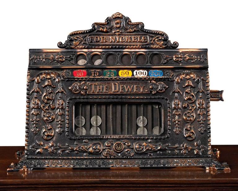 Mills Dewey-Chicago Triplet Slot Machine In Excellent Condition In New Orleans, LA
