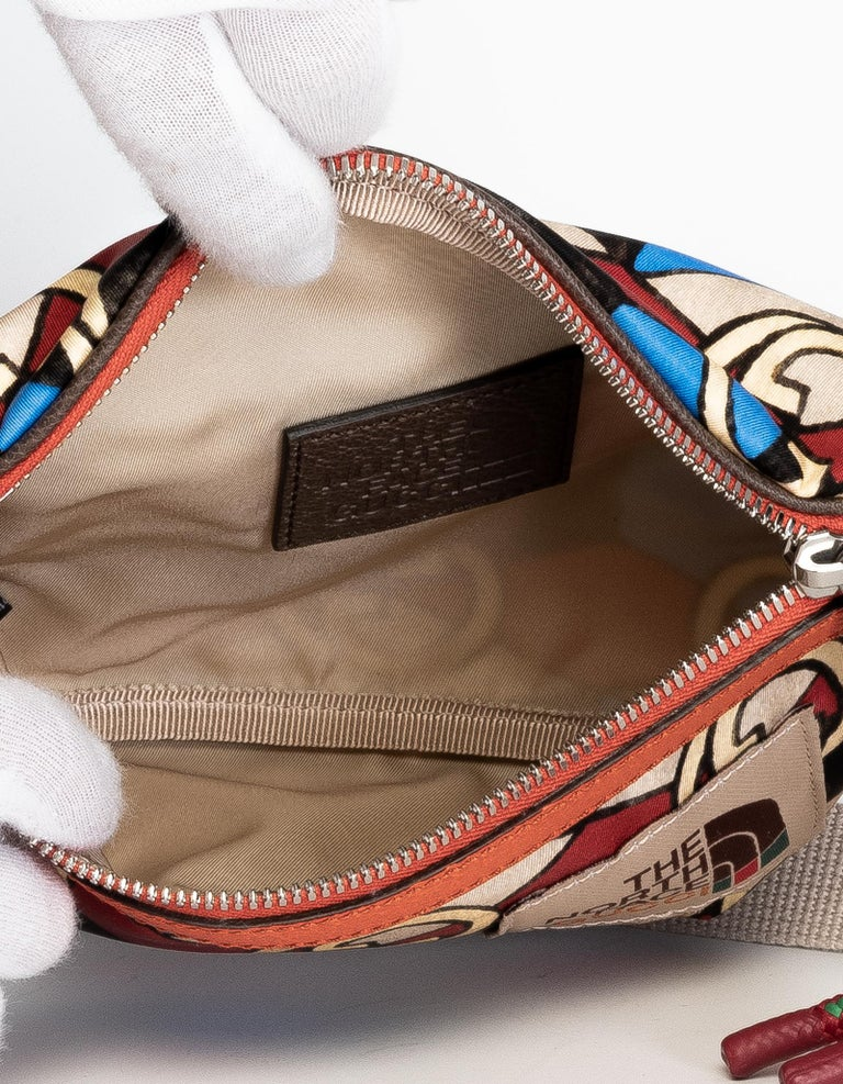 The North Face x Gucci Geometric Interlocking G Print Belt Bag In New Condition For Sale In Montreal, Quebec