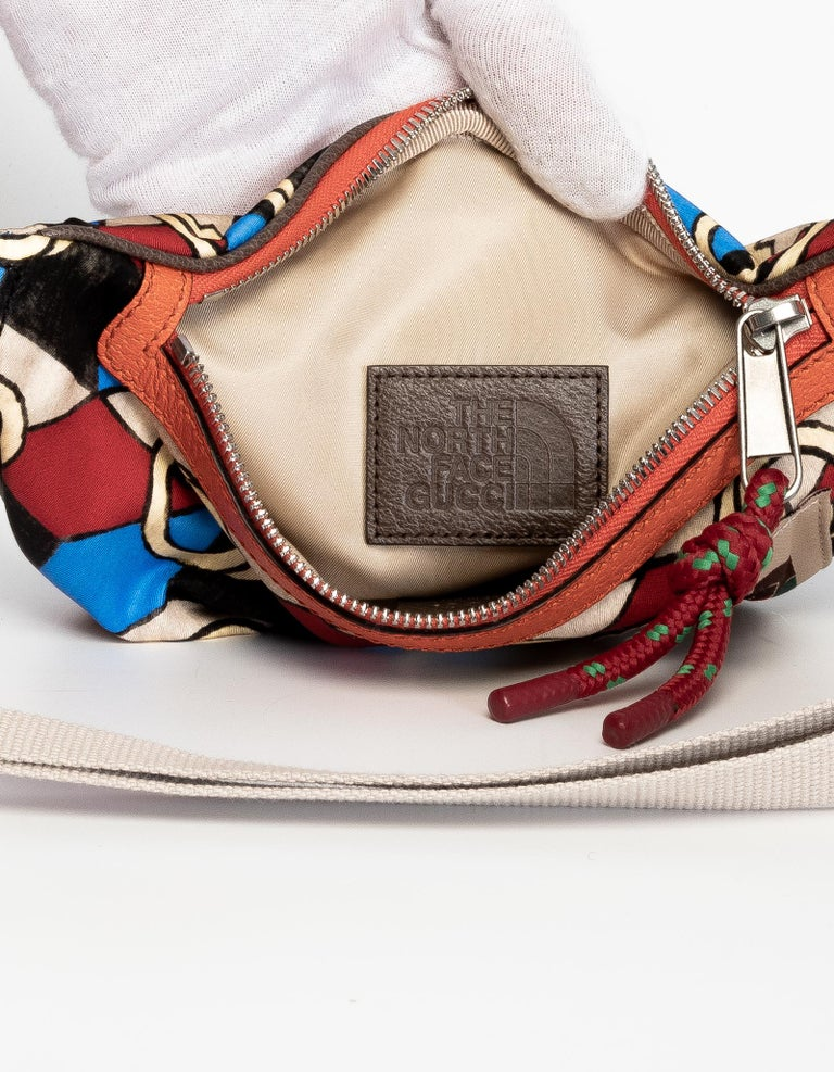 Women's or Men's The North Face x Gucci Geometric Interlocking G Print Belt Bag For Sale