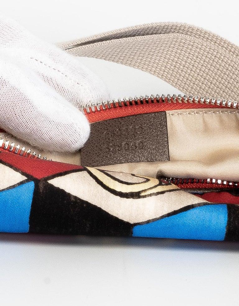 The North Face x Gucci Geometric Interlocking G Print Belt Bag For Sale 2
