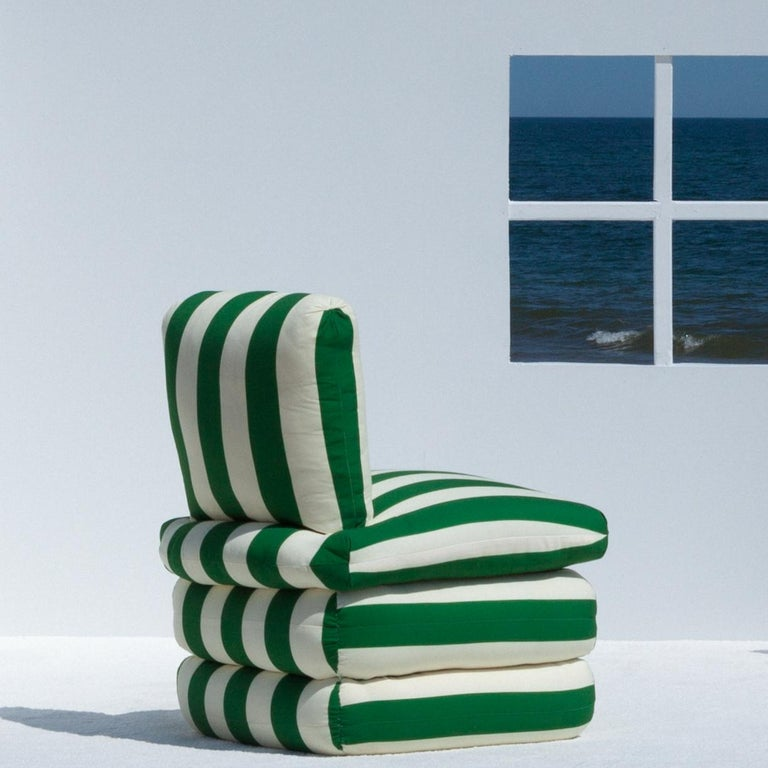 Pillow Chair, Green In New Condition For Sale In Brooklyn, NY