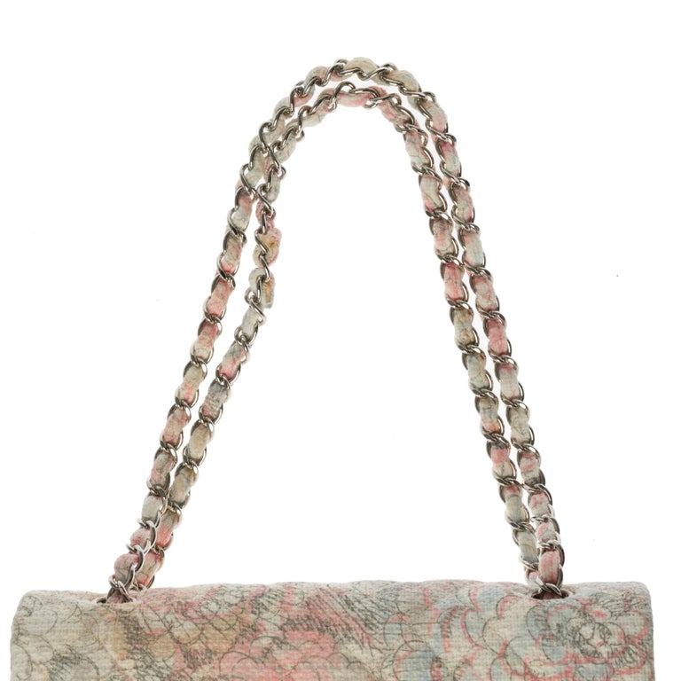 The Rare Chanel Timeless Camelia Medium Shoulder bag in  multicolor Tweed, SHW For Sale 3