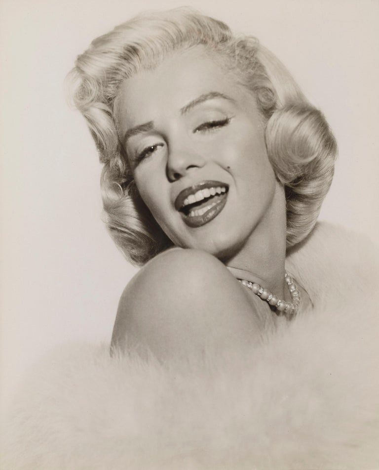 Original 1955 US 20th century Fox photographic production still used to promote the romance, comedy film The Seven Year Itch. Directed by Billy Wilder and starring Marilyn Monroe, Tom Ewell, Evelyn Keyes. This piece is conservation framed and would