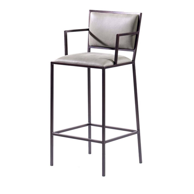 Simple Barstool For