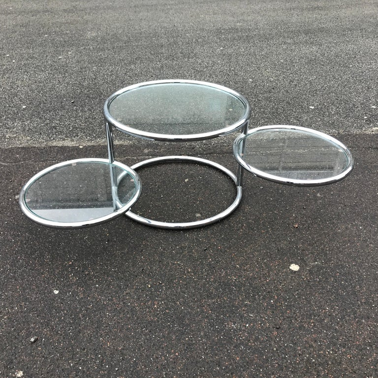 Swivel Table in Chrome and Glass In Good Condition For Sale In Copenhagen, DK