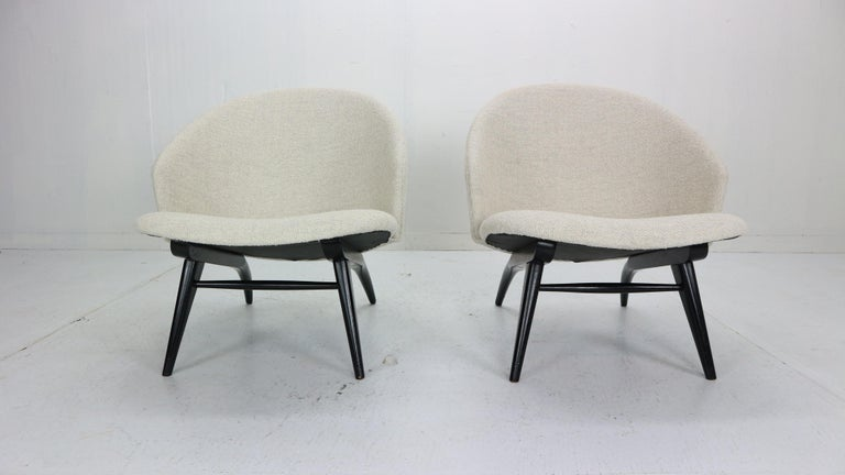 Mid-Century Modern Theo Ruth Set of Two Lounge Chairs for Artifort, 1950s For Sale