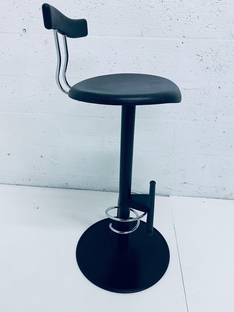 There Postmodern Memphis Style Bar Stools, Italy, 1980s For Sale 4