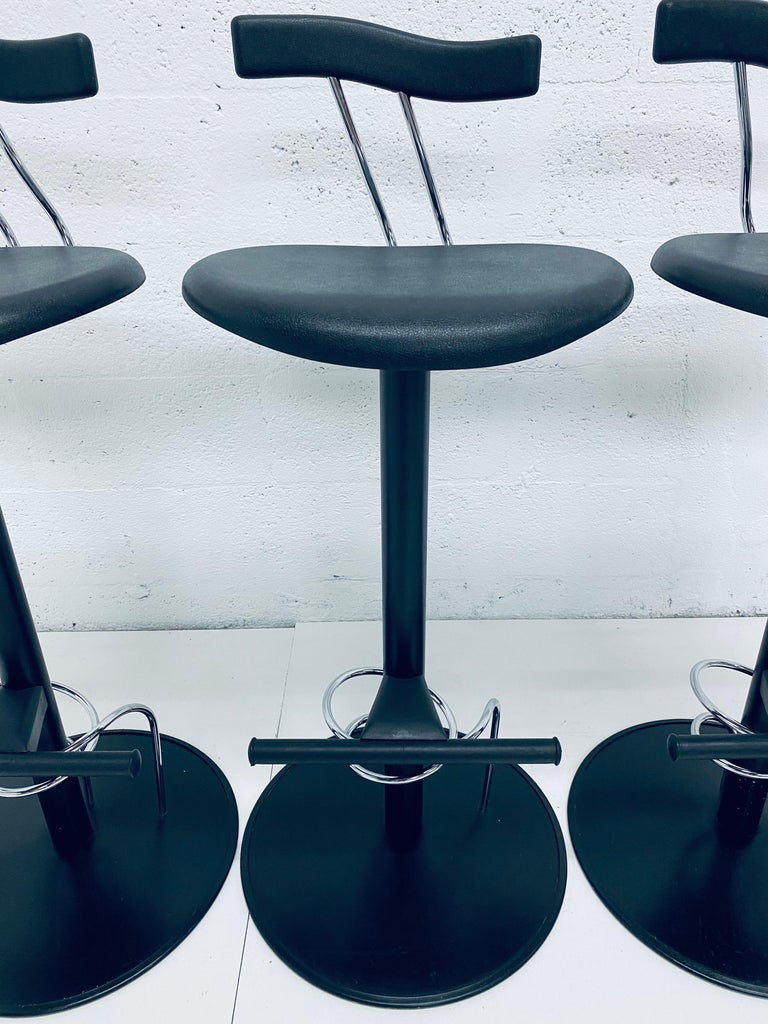 There Postmodern Memphis Style Bar Stools, Italy, 1980s For Sale 2