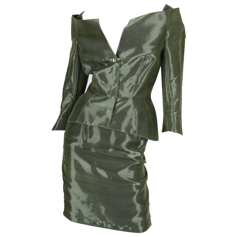 Thierry Mugler 2-pcs Suit Jacket & Skirt - olive green For Sale