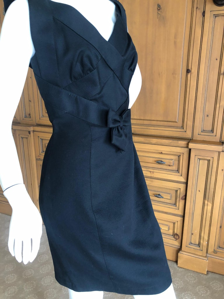 Thierry Mugler Elegant Vintage 80's Bow Accented Little Black Cross Back Dress  In Good Condition For Sale In San Francisco, CA