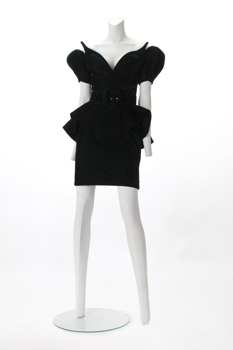 Black Thierry Mugler Haute Couture Green Velvet Dress with Belt,